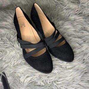J. C Womens Loren Pumps Round Toe Stacked Heel